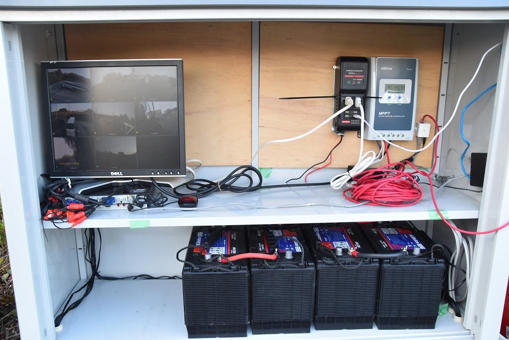 バッテリーや各種機器